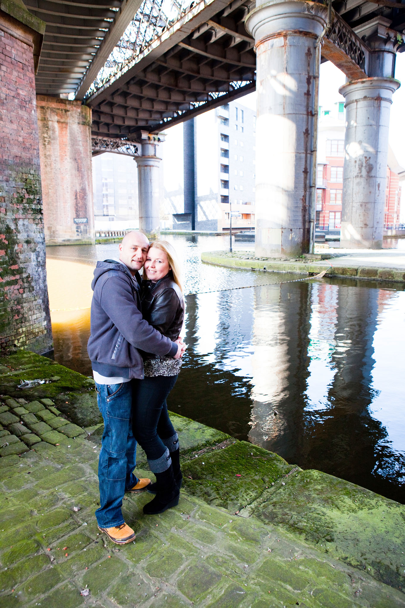 A couples portrait at Castlefield basin in Manchester by Cheshire lifestyle photographer Andrew Collier Photography