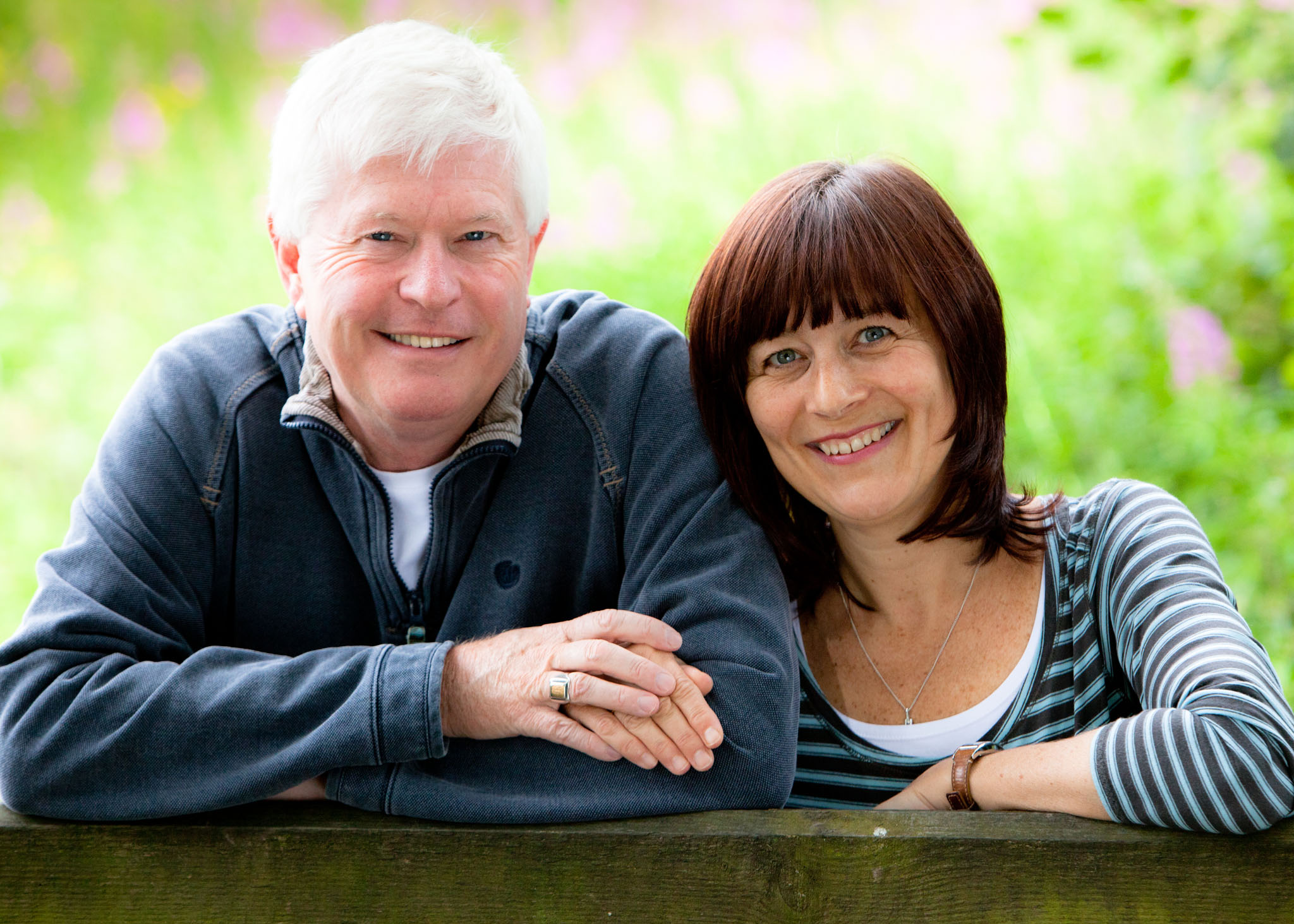 A couples portrait in Moore, Cheshire by Cheshire lifestyle photographer Andrew Collier Photography