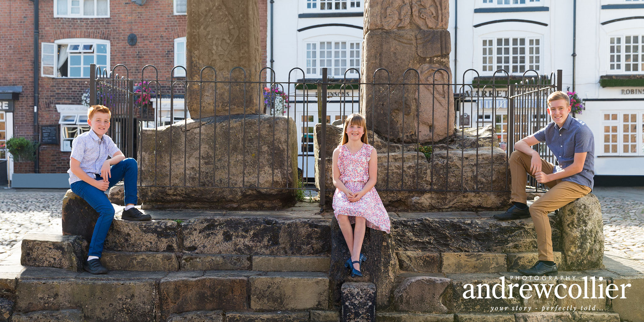 Socially distanced family group portraits in Sandbach, Cheshire